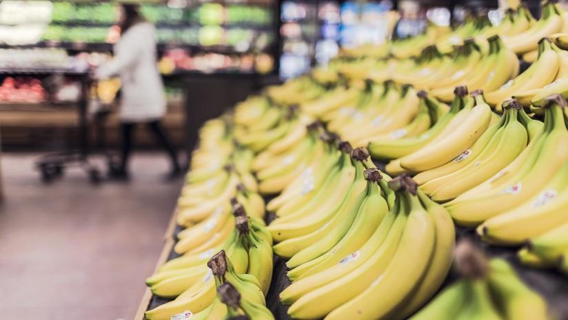 """""""Habla inglés en Canadá"""": el ataque racista de una mujer al personal asiático de un supermercado (VIDEO)"""