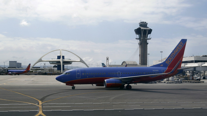 No solo el '737MAX': Boeing admite que hasta 50 aviones del modelo precursor necesitaron arreglo