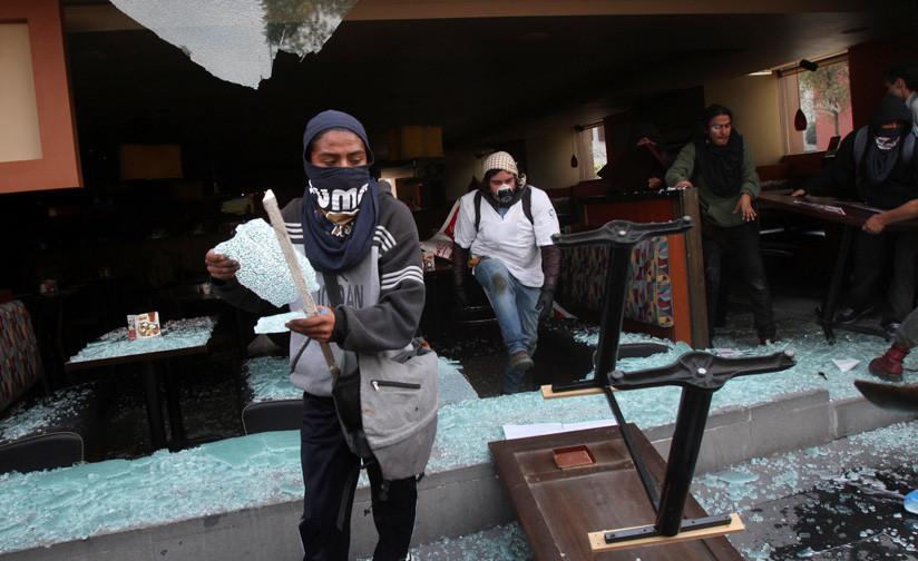 Los Ataques De Anarquistas En Manifestaciones Levantan