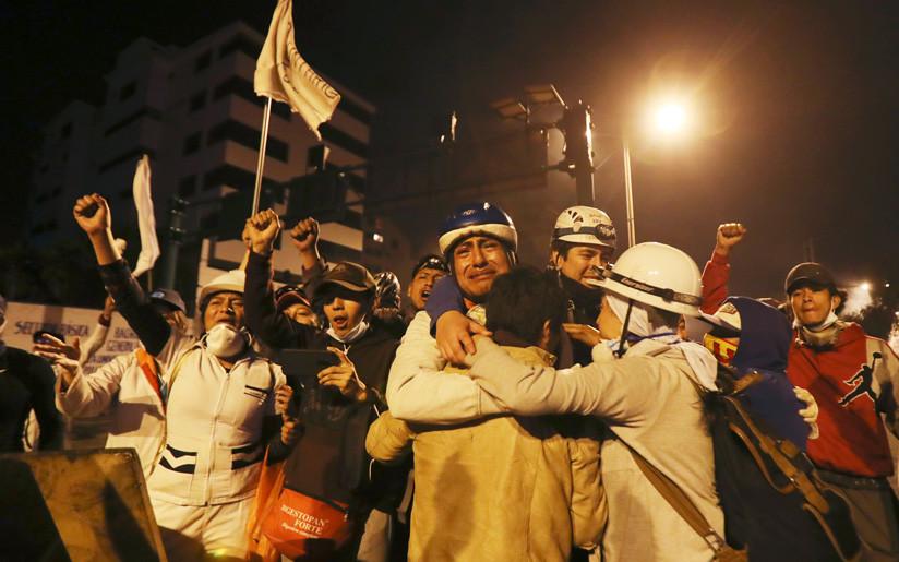 Lenín Moreno da marcha atrás y anula decreto que causó protestas