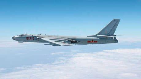El bombardero Xian H-6.