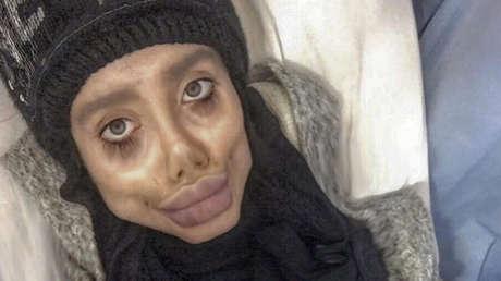 Arrestan en Irán a la 'Jolie zombi' por blasfemia y corrupción de la juventud