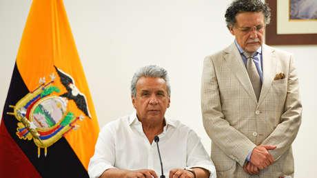 Lenin Moreno y el defensor del pueblo, Pablo Celi, en una conferencia de prensa en Guayaquil, Ecuador, 8 de octubre de 2019.