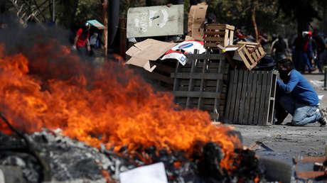 Gas lacrimógeno, represión policial y barricadas: Ecuador vive otra jordana de protestas contra el 'paquetazo'