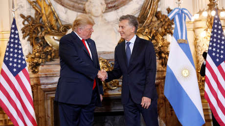 El presidente argentino, Mauricio Macri, recibe al mandatario estadounidense, Donald Trump, en la Ciudad de Buenos Aires.