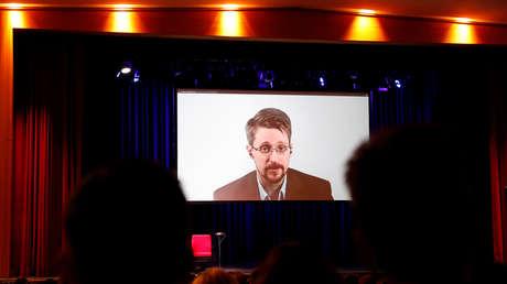 """""""Muy bien escondida"""": Snowden buscó evidencia de alienígenas en las bases de datos de la CIA y la NSA"""