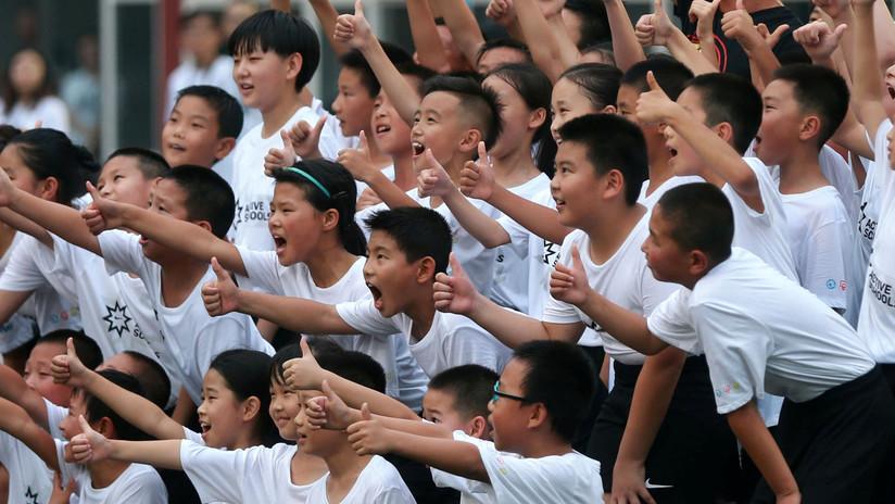 ¿Mejora del rendimiento en el aula? Prueban en China un dispositivo que controla los niveles de atención