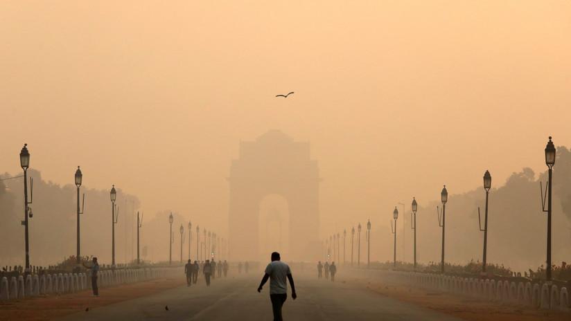 """Nueva Delhi es una """"cámara de gas"""": emergencia sanitaria por el humo de la quema agrícola"""
