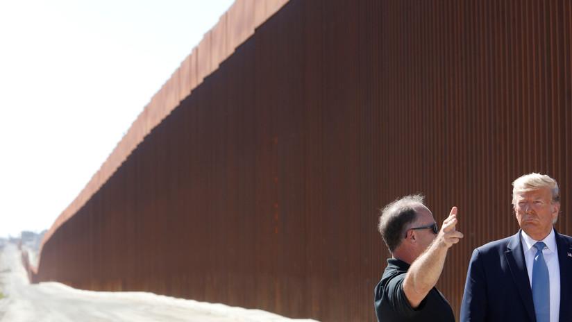 Un muro con 'agujeros': Contrabandistas en México usan sierras para cortar la nueva barrera fronteriza de Trump