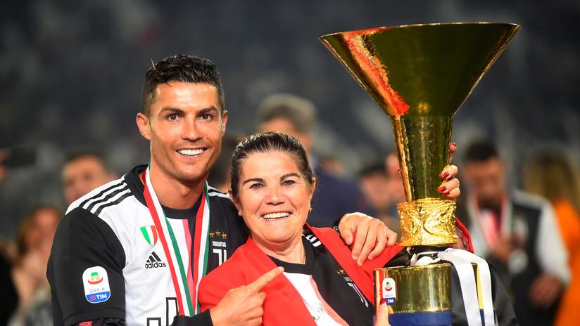 """La madre de Cristiano Ronaldo se queja de """"la mafia"""" que impide a su hijo ganar más premios individuales"""