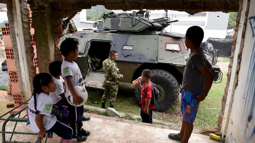 """""""Le escondió al país que bombardeó a siete niños"""": la acusación de un senador que puede costarle el cargo al ministro de Defensa de Colombia"""