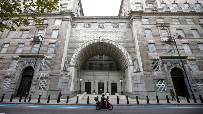 Juzgan las licencias para matar, secuestrar y torturar que tienen los informadores de la Inteligencia británica