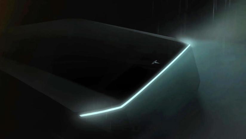 Musk anuncia cuándo presentará Tesla su 'cibercamioneta' futurista al estilo de 'Blade Runner'