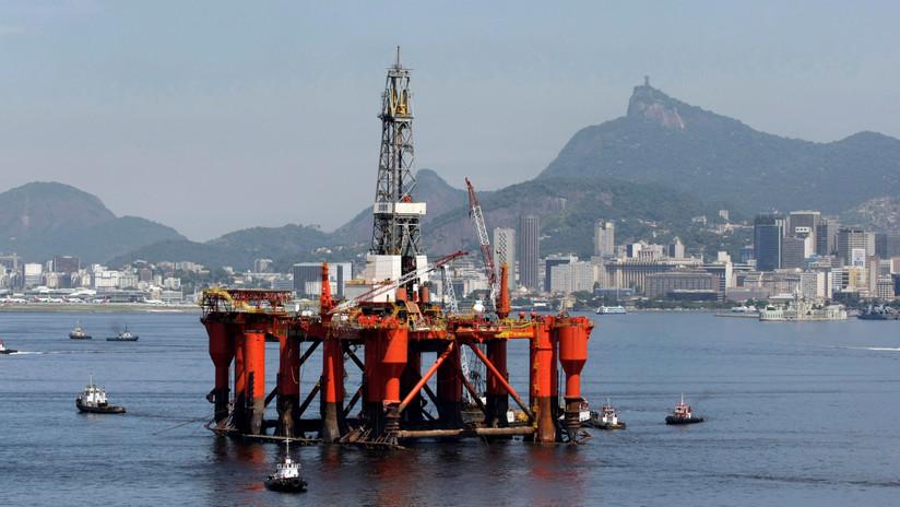 La estatal Petrobras logra la adjudicación de dos bloques en la mayor subasta petrolera de Brasil