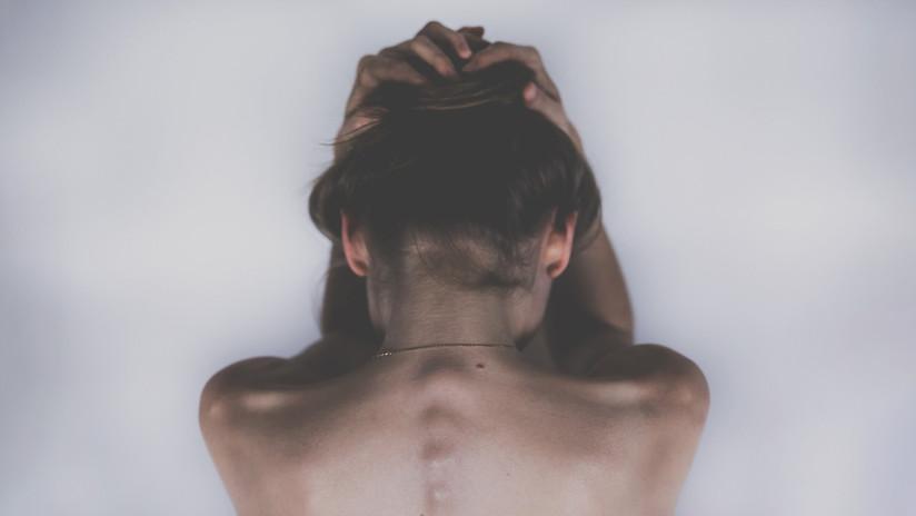 Una exadicta que trataba de suicidarse y fue arrestada 6 veces muestra la transformación que experimentó tras dejar las drogas