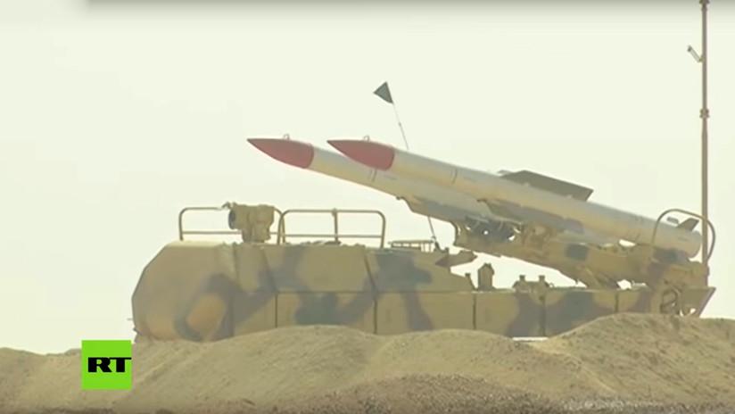 VIDEO: Sistemas rusos y egipcios de defensa aérea repelen un masivo ataque simulado con drones en pleno desierto