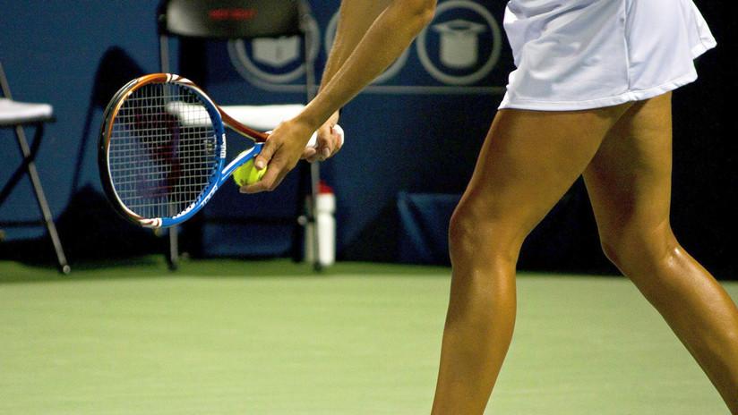 VIDEO: Dos jugadoras de tenis terminan a los golpes en plena cancha tras un apretón de manos demasiado vigoroso