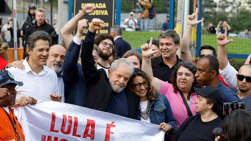 """Lula libre tras pasar un año y siete meses en prisión: """"Trabajaron para criminalizar a la izquierda"""" (VIDEO)"""