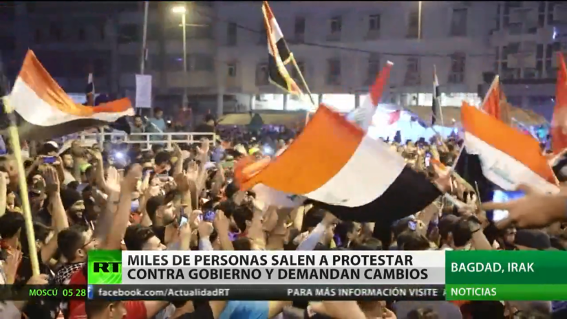 Miles de personas protestan contra el Gobierno de Irak