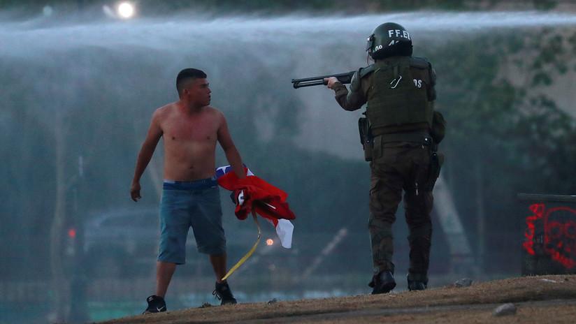 """Sebastián Piñera reconoce """"excesos y  abusos"""" de las fuerzas de orden durante las protestas en Chile"""