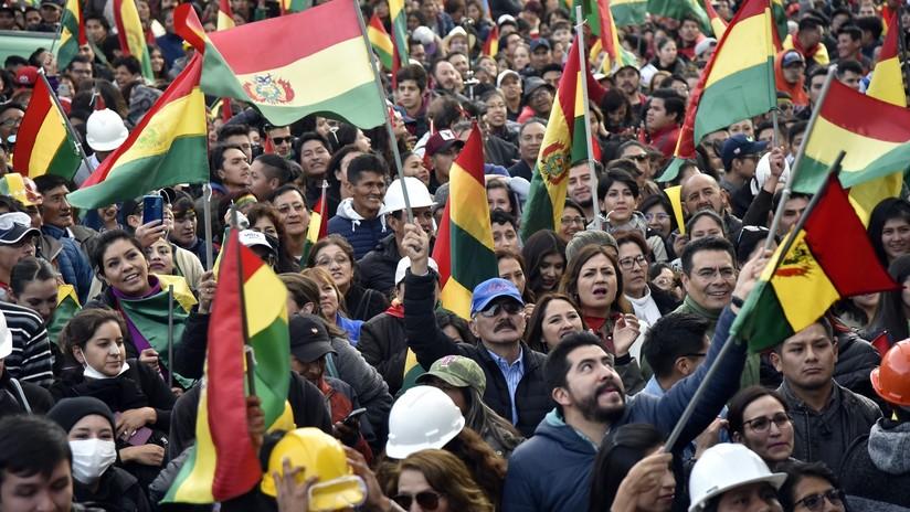 """Comandante de las Fuerzas Armadas de Bolivia: """"Nunca nos enfrentaremos con el pueblo, a quien nos debemos"""""""