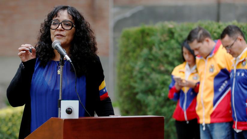 Atacan la Embajada de Venezuela en Bolivia tras la renuncia de Evo Morales