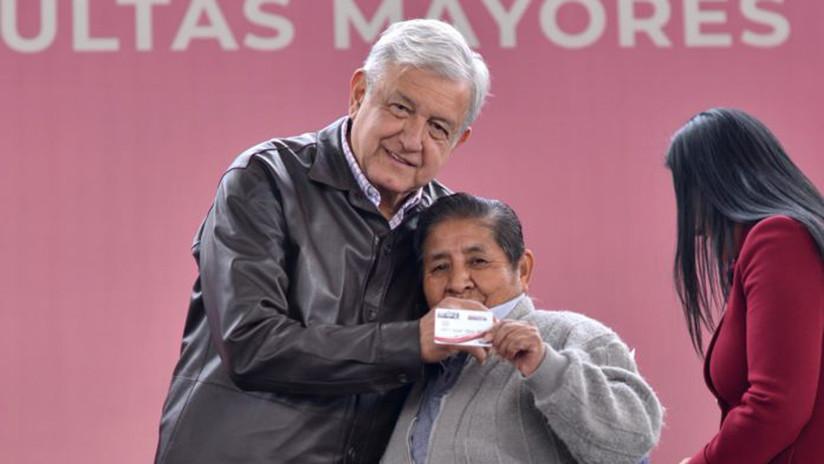 Un único programa y a nivel federal: las pensiones de López Obrador, entre los aplausos y las críticas