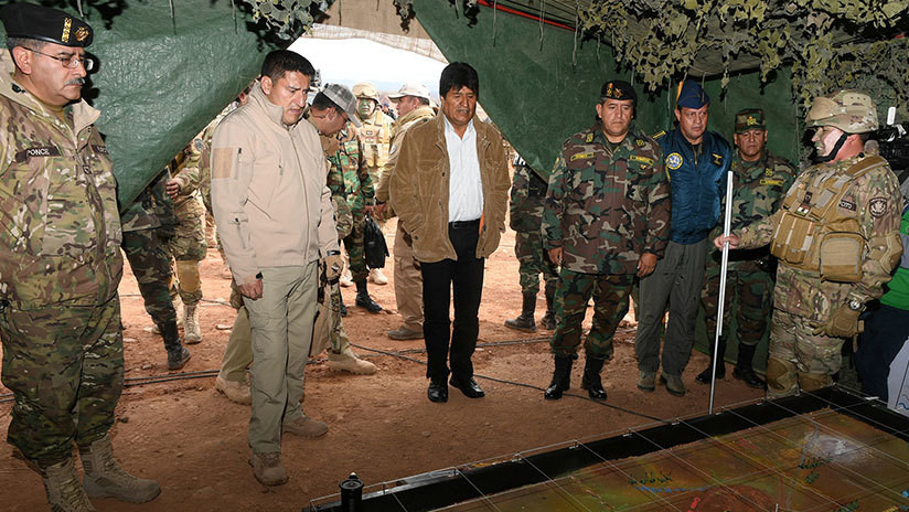 Renuncia Javier Zavaleta, ministro de Defensa de Bolivia
