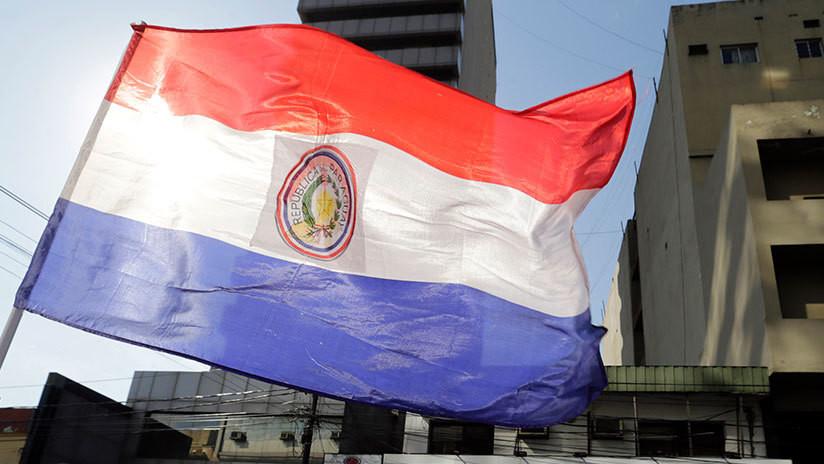 Avión de la Fuerza Aérea Mexicana con Evo Morales arriba a Paraguay en su camino a México
