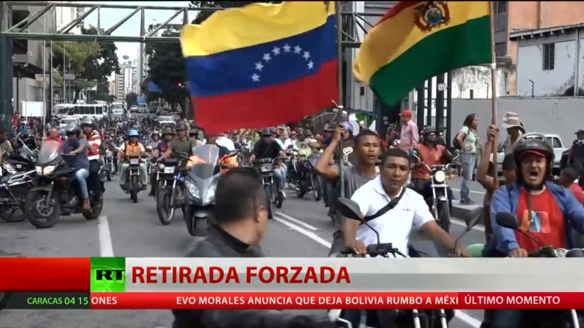 Manifestantes marchan por Caracas en apoyo a Evo Morales