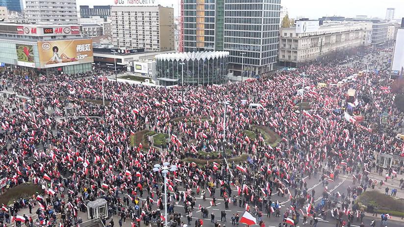 """""""Europa está muriendo"""": miles de ultranacionalistas marchan en Polonia por el Día de la Independencia"""