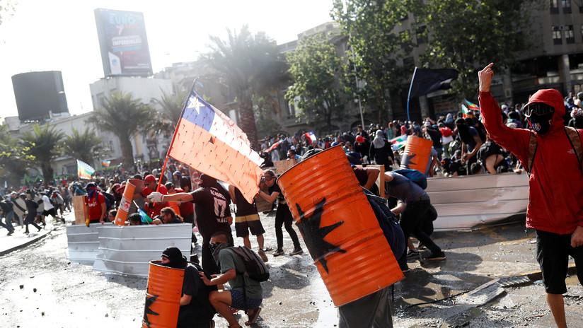 VIDEO: Nueva jornada de protestas en Santiago de Chile contra el Gobierno de Piñera