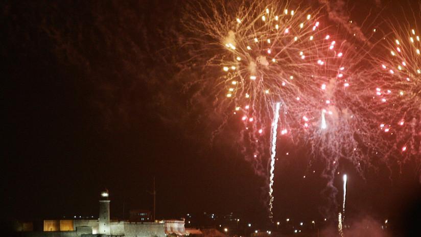 VIDEO: Más de 16.000 fuegos artificiales iluminan La Habana en su 500.º aniversario
