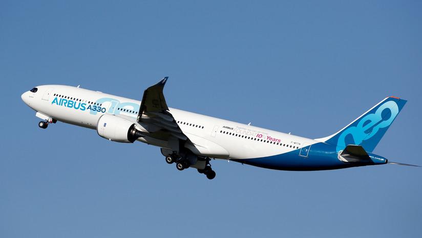 """Un Airbus A33neo entra en servicio técnico tras quejas de un olor a """"calcetín húmedo"""" en la cabina"""