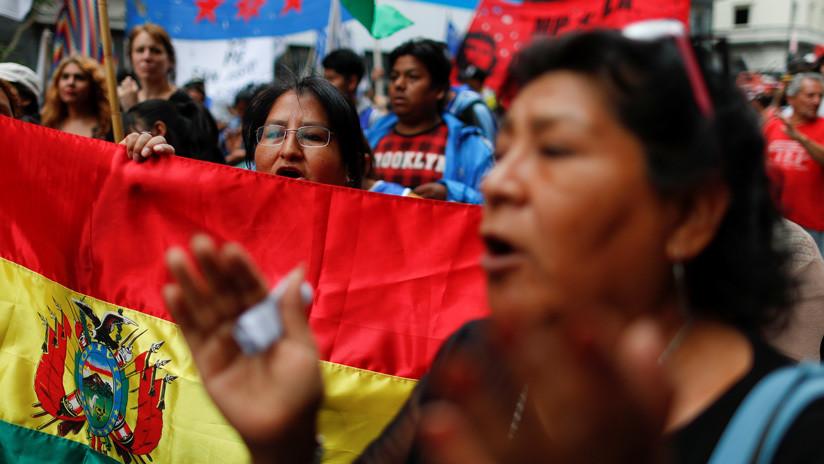 """Evo, no estás solo"": Multitudinaria marcha en Argentina por Bolivia (VIDEO)"