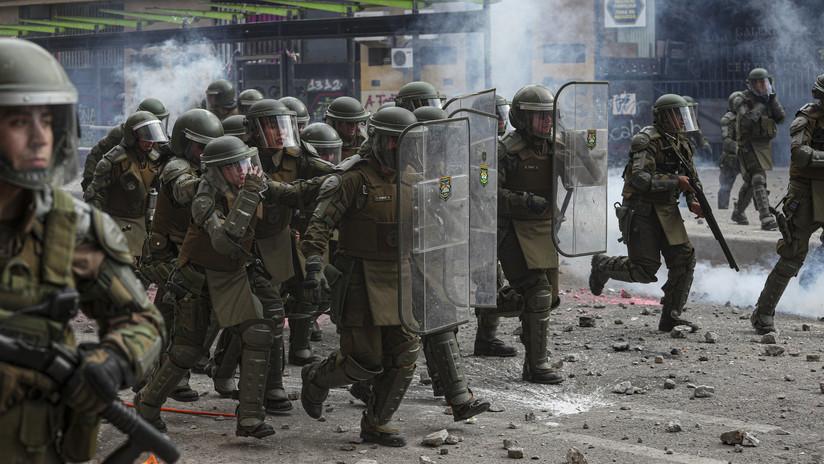 Disturbios y choques con carabineros en el segundo 'superlunes' de protestas en Chile a pesar del acuerdo para una nueva Constitución