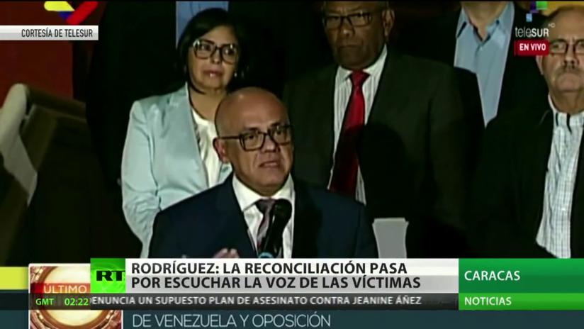 """Jorge Rodríguez afirma que los venezolanos """"ven con horror"""" la situación que se desarrolla en Chile y Bolivia"""