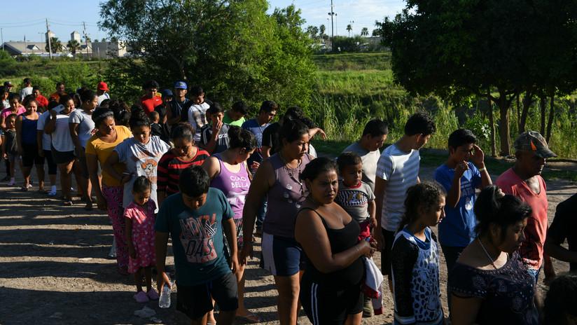 Organizaciones defensoras de migrantes denuncian que EE.UU. solo asila a 3 de 51.400 solicitantes