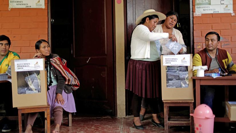 """La OEA aprueba resolución que pide al gobierno de facto de Bolivia convocar """"urgentemente"""" a elecciones"""