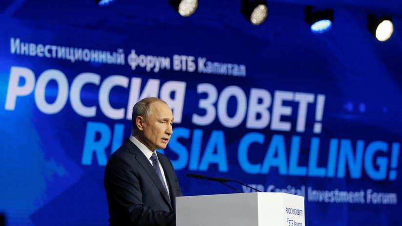 """""""EE.UU. se disparó en el pie"""": Putin declara que Washington se castigó al imponer sanciones contra Rusia"""