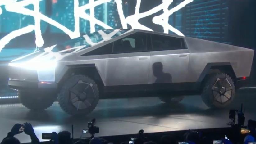 Así es la inusual camioneta eléctrica blindada de Tesla — Cybertruck