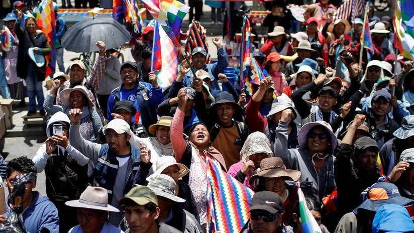 Manifestantes indígenas exigen dignidad y la renuncia de Jeanine Áñez en Bolivia