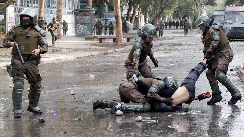 """""""Se matan células buenas y malas"""": Un jefe de Policía de Chile compara el uso de armas antimotines con un tratamiento para el cáncer"""