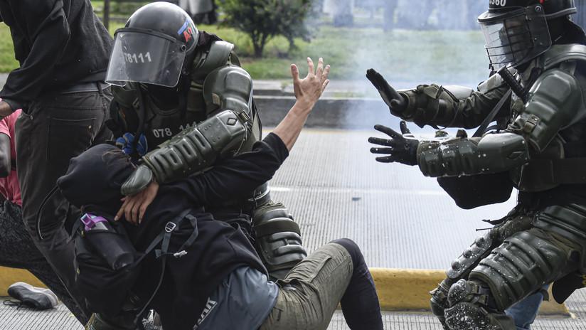 Disturbios y represión policial durante la jornada de paro nacional en Colombia