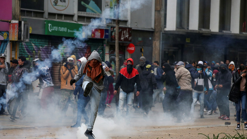 Duque decreta toque de queda en toda Bogotá tras disturbios