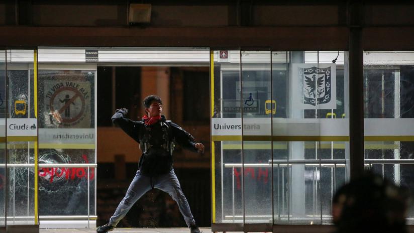 Se registran bloqueos en el transporte de Bogotá durante la segunda jornada de protestas en Colombia