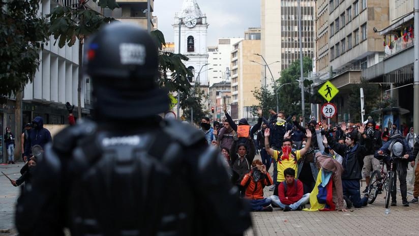 """Duque ordena el patrullaje de la Policía y el Ejército en los """"lugares críticos"""" tras disturbios en Colombia"""