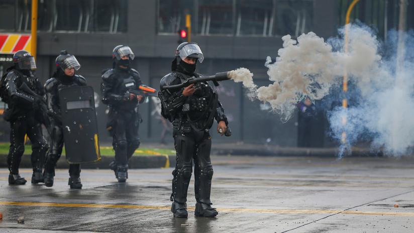 """Jefe de la Policía de Bogotá: """"Agente del Esmad que hirió a un joven con su granada no disparaba contra él y dice que 'hasta aquí le llegó su vida'"""""""