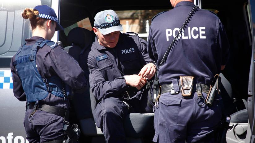 Acusan de asesinato a una mujer australiana que dejó a sus dos hijas en un coche a altas temperaturas