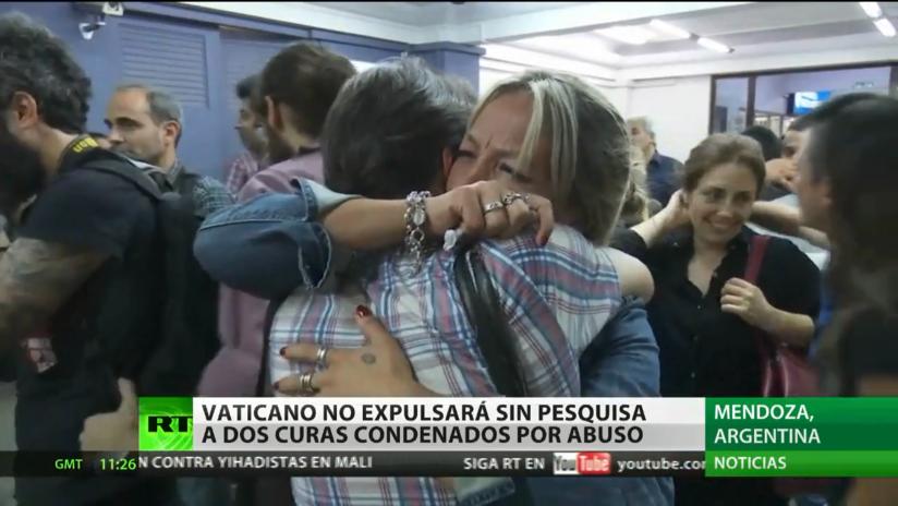 El Vaticano no expulsará a los dos sacerdotes condenados por violación hasta realizar una investigación propia